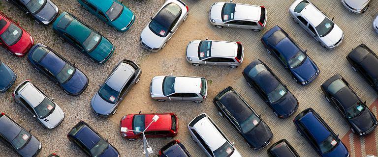 Samochody używane wybierają nie tylko klienci indywidualni. Firmy często decydują się  na auta z drugiej ręki