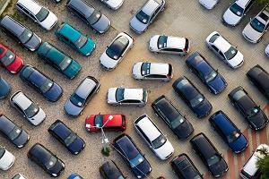 Nie będzie można zarejestrować 800 tys. nowych samochodów. Przez nową normę emisji spalin w UE