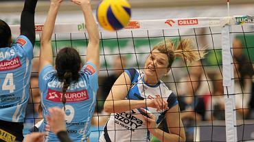 Małgorzata Glinka-Mogentale w meczu z MKS-em