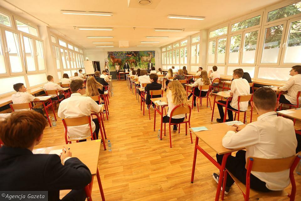 Szkoła Podstawowa nr 29 we Wrocławiu. Egzamin ósmoklasisty z języka polskiego, 16 czerwca 2020