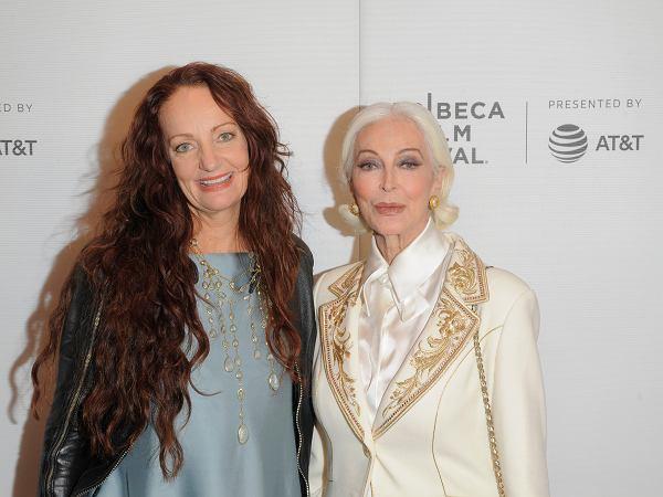 Ma 89 lat i nadal pracuje jako modelka. W latach 60. była muzą Salvadora Dalego