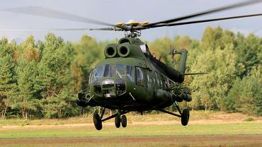 Śmigłowiec Mi-8 polskiego wojska. Napęd to dwa silniki z fabryki Motor-Sicz
