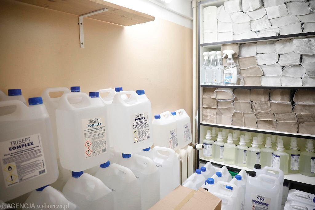 Zapas płynu do dezynfekcji