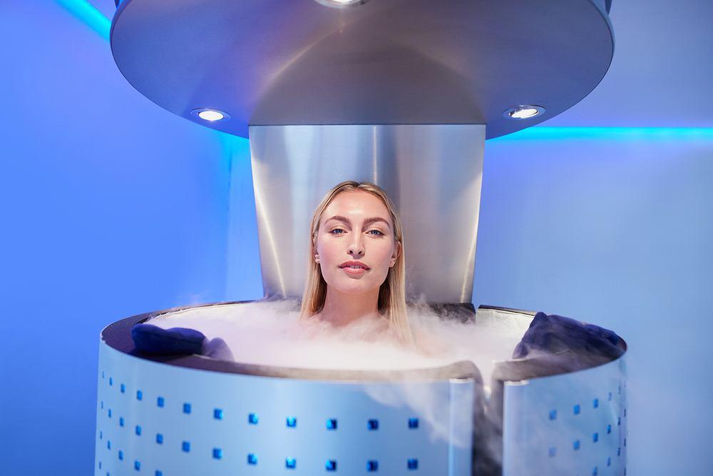 Krioterapia jest zabiegiem medycznym polegającym na poddawaniu organizmu bądź dowolnej partii ciała na działanie obniżonych temperatur