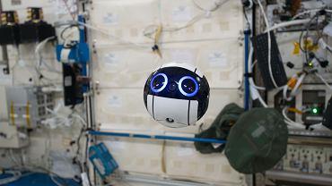 Dron JEM Internal Ball Camera na pokładzie ISS