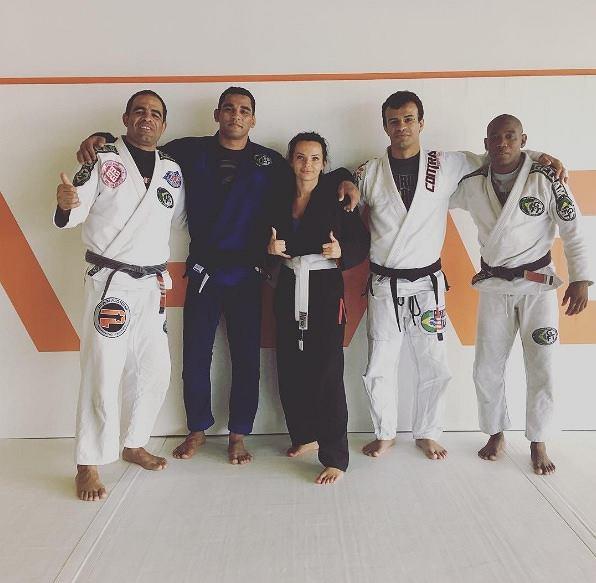 Od października 2011 roku Kamila prowadzi swój własny butik Camilla. Niedawno obudziła się w niej pasja do sportu, a dokładniej do brazylijskiego jiu-jitsu.