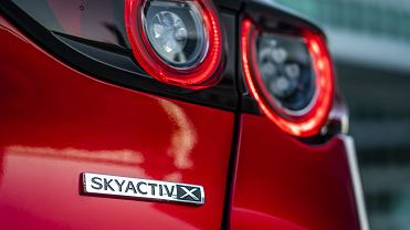 Mazda 3 hatchback Soul Red Crystal, Skyactiv-X