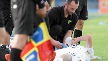 Grzegorz Bonin opatrywany przed medyków