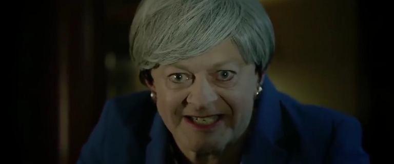 Theresa May szepcze jak Gollum: ''My brexit''. Ta parodia podbija internet