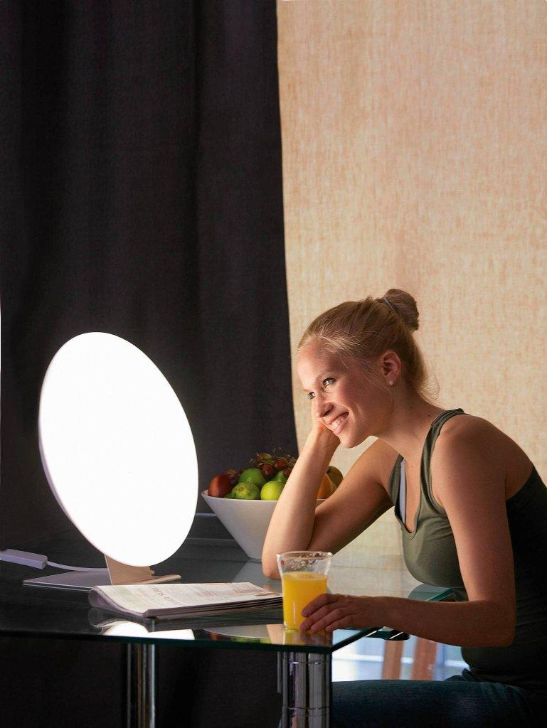 LAMPY ANTYDEPRESYJNE. Rondo, metal i akryl, śr. 40 cm, moc 55, W ilumina.pl, 999 zł