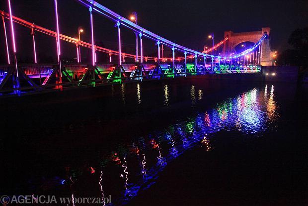 Zdjęcie numer 4 w galerii - Most Grunwaldzki nocą z nowymi światełkami. Jak Wam się podoba? [ZDJĘCIA]