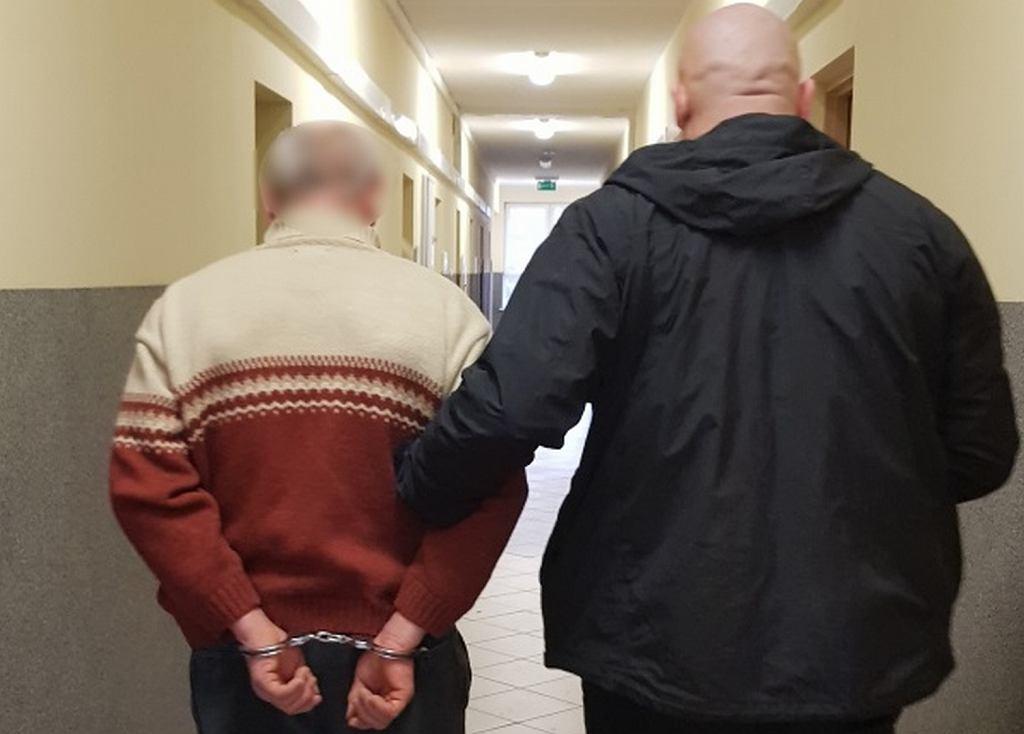 Policjanci z Komendy Powiatowej Policji w Chodzieży zatrzymali 51-letniego mężczyznę