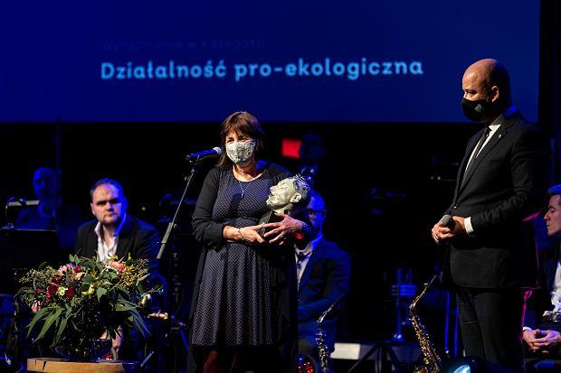 Gala Wrocławianki Roku 2020. Małgorzata Piszczek i prezydent Wrocławia Jacek Sutryk