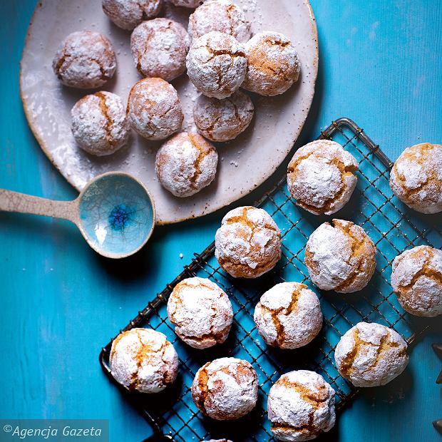 Ciasteczka migdałowe - miękkie amaretti