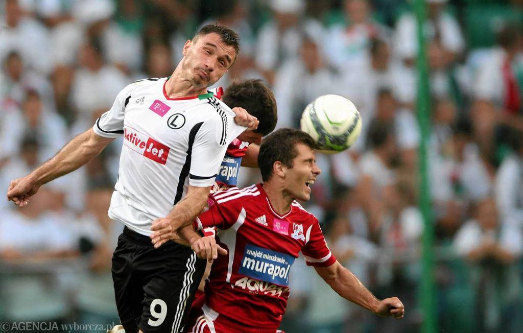 Marek Saganowski (z lewej) i Dariusz Łatka w meczu Legia - Podbeskidzie