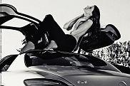 Dziewczyna i samochód: Olga i Mercedes SLS AMG