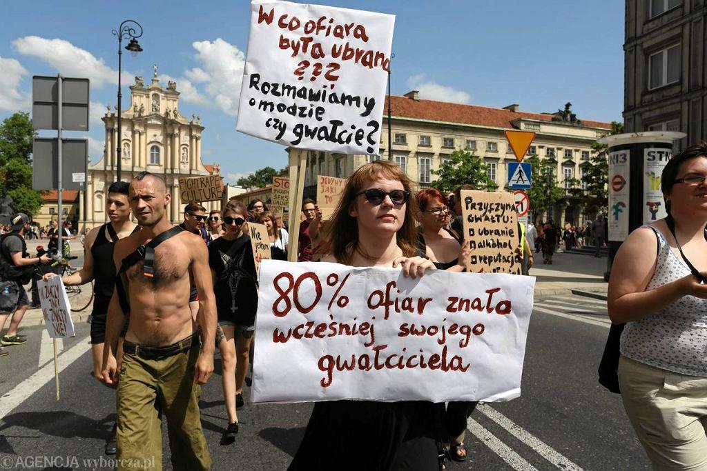 Marsz Szmat przeszedł przez Warszawę