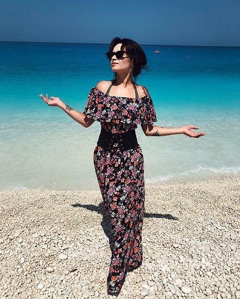 Ewelina Lisowska w kostiumie kąpielowym prezentuje się zjawiskowo