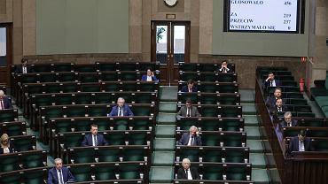 .Trzeci dzien 9 . posiedzenia Sejmu IX kadencji