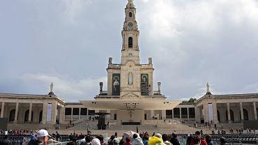 Pielgrzymi w Fatimie