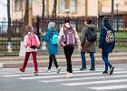 Wielka Brytania otworzyła szkoły. Nauczyciele mierzą temperaturę dzieciom. Rodzice zaufali? Statystyki pokazują, że nie