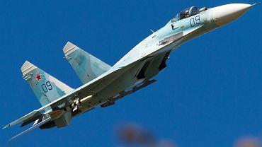 Rosyjskie myśliwce Su-27 przechwyciły amerykański samolot