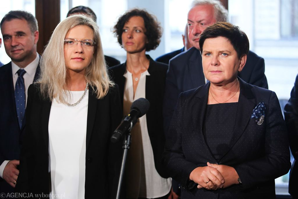 Wybory samorządowe 2018 w Krakowie. Beata Szydło przedstawiła 'jedynki' na liście PiS w wyborach do Rady Miasta Krakowa i Sejmiku Małopolski