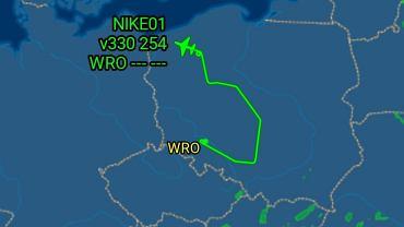 Samolot z Wrocławia nagle zmienił kurs