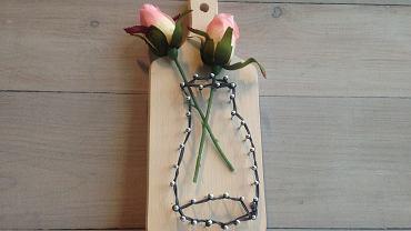 """W tym """"niby-wazonie"""" świetnie będą wyglądać nawet sztuczne kwiaty!"""