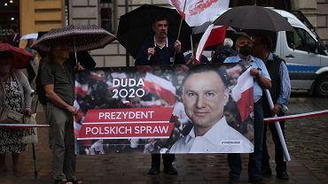 Pediatrzy krytykują Andrzeja Dudę za słowa o szczepieniach: Narażanie wielu obywateli