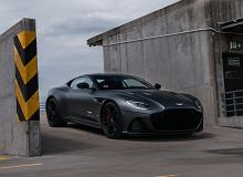 Aston Martin DBS Superleggera - opinie Moto.pl. Barbarzyńca w garniturze Richarda Jewelsa
