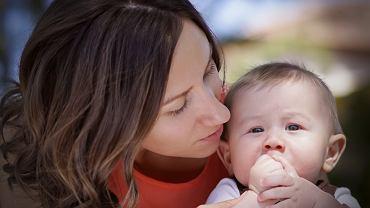 mama i dziecko, zdjęcie ilustracyjne