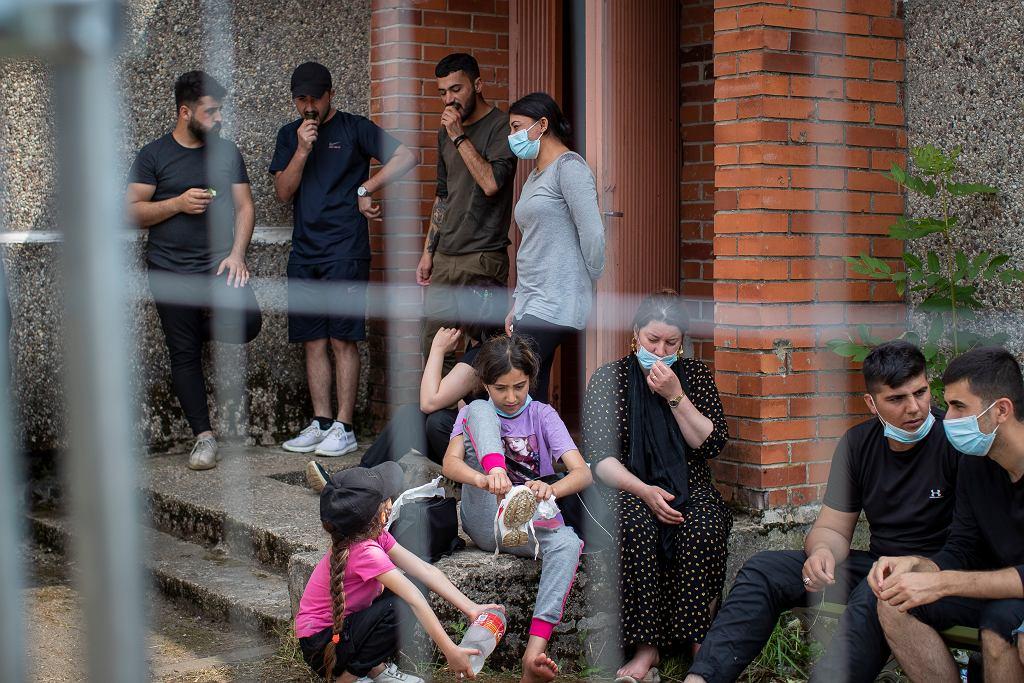 14.07.2021, Druskienniki, Litwa. Irakijczycy w ośrodku dla uchodźców.