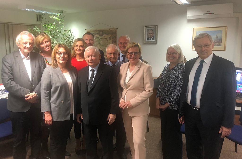Beata Mazurek zamieściła zdjęcie polityków PiS z szefem TVP Jackiem Kurskim