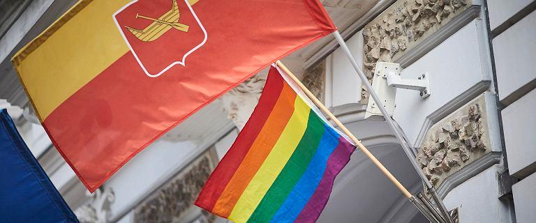 """Sejmik woj. łódzkiego nie odrzucił uchwały """"anty-LGBT"""""""