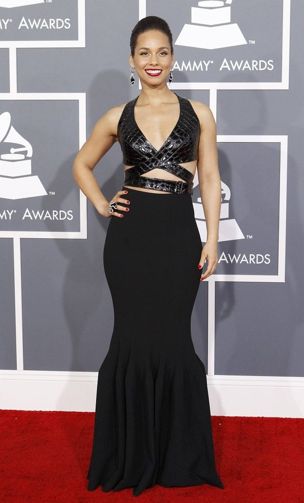 Singer Alicia Keys arrives at the 55th annual Grammy Awards in Los Angeles, California February 10, 2013.  REUTERS/Mario Anzuoni (UNITED STATES  - Tags: ENTERTAINMENT)  (GRAMMYS-ARRIVALS)