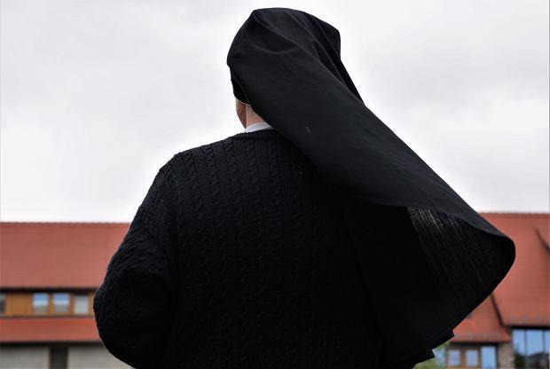 Siostra Bernadetta przyzwalała na przemoc seksualną wychowanków wobec siebei (fot: Shutterstock.com)