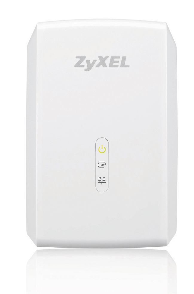 Internet na strychu w piwnicy ZYXEL HD POWERLINE ADAPTER PLA5206 | Cena: 200 zł Standard: HomePlug AV2 + Ethernet (do 1000 Mb/s) Sposób na zwiększenie zasięgu o pomieszczenia, gdzie Ethernet ani Wi-Fi nie docierają. Konfiguracja zajmuje minutę. W zestawie są dwa identyczne adaptery. Jeden podłączasz do routera i gniazdka elektrycznego w pokoju, drugi do gniazdka w piwnicy czy na strychu. Internet 'idzie' po sieci elektrycznej. Wybieraj gniazdka wbudowane bezpośrednio w ścianę, nie na przedłużaczu ani listwie. Dane zabezpieczone są 128-bitowym szyfrowaniem AES, a prędkość transmisji sięga 1000 Mb/s. Korzystanie z adapterów jest często tańsze niż prowadzenie kabli ethernetowych i na pewno zdecydowanie wygodniejsze.