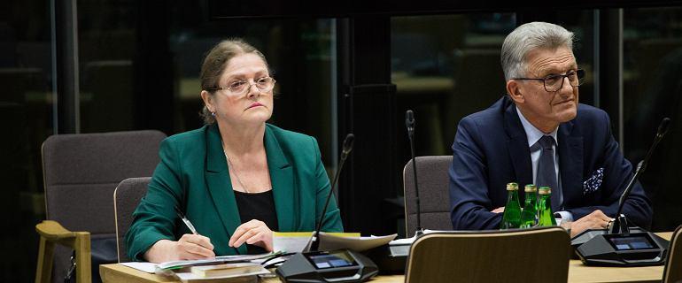 Pawłowicz i Piotrowicz z pozytywnymi opiniami Komisji. Na obradach awantura