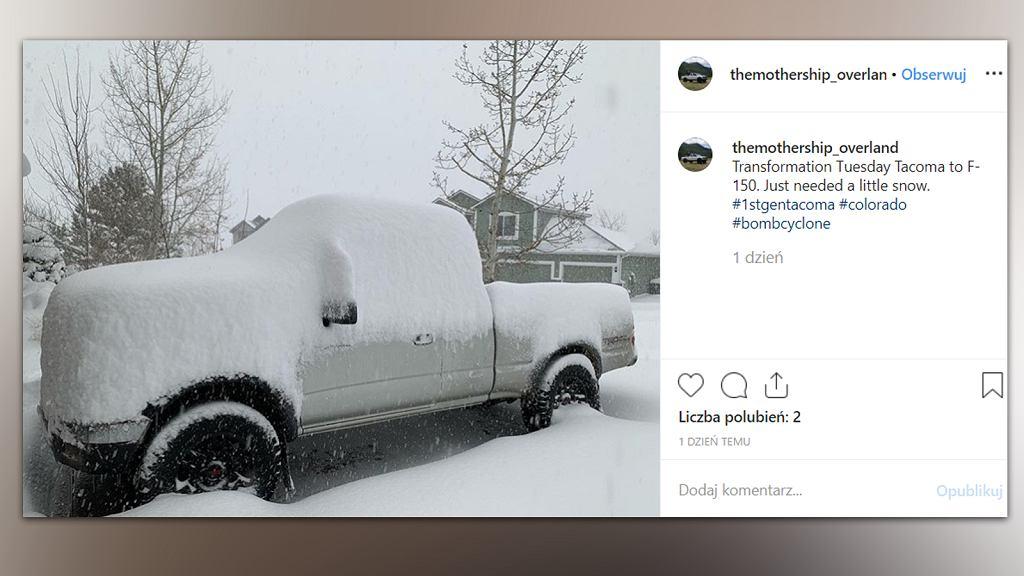 Cyklon bombowy, który zaatakował zachodnie rejony USA, wiąże się z potężnymi opadami śniegu, deszczu oraz silnym wiatrem