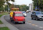 Jak pozbyć się samochodu, który blokuje miejsce parkingowe?