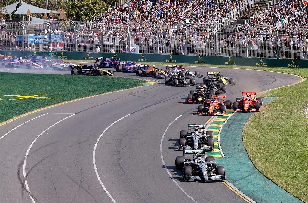 F1. Stawka powiększy się do 12 zespołów?
