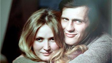 """Jan Englert był z Barbarą Sołtysik przez 33 lata. """"Był zbyt przystojny na męża"""". Miał romansować z aktorką z """"BrzydUli"""""""