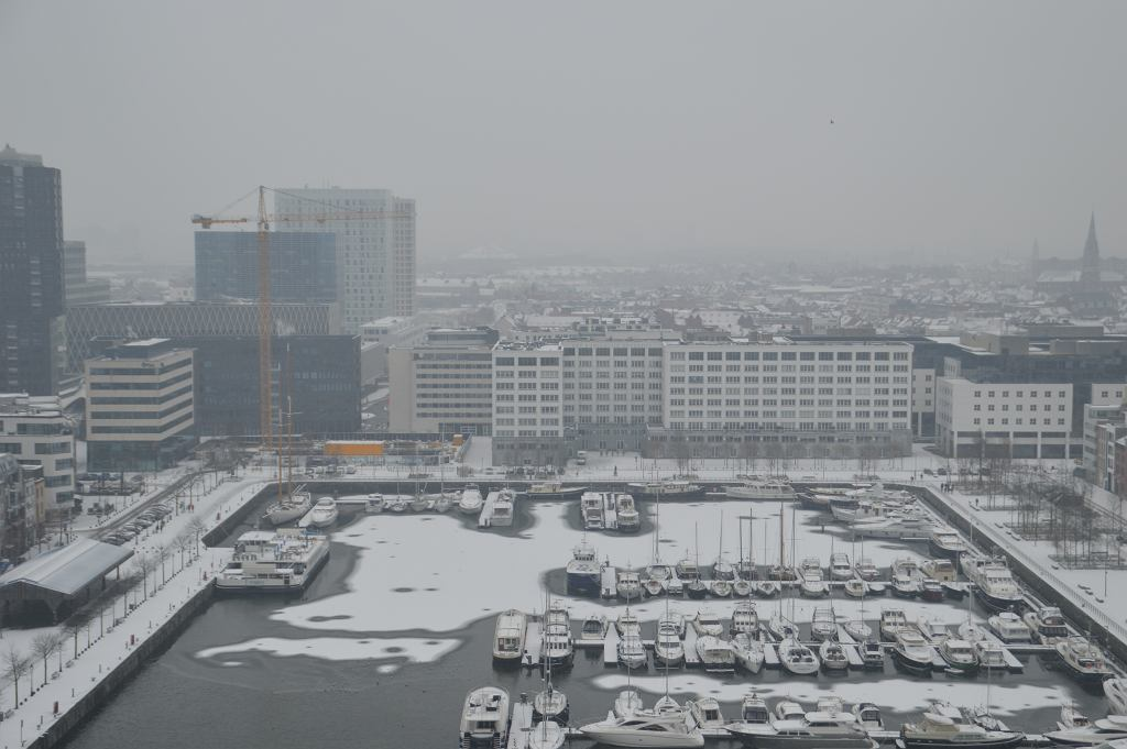 W Belgii spadł tzw. brudny śnieg