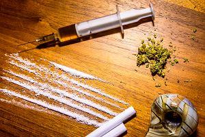 Opioidy: rodzaje, zastosowanie, uzależnienia. Skutki uzależnienia od opioidów