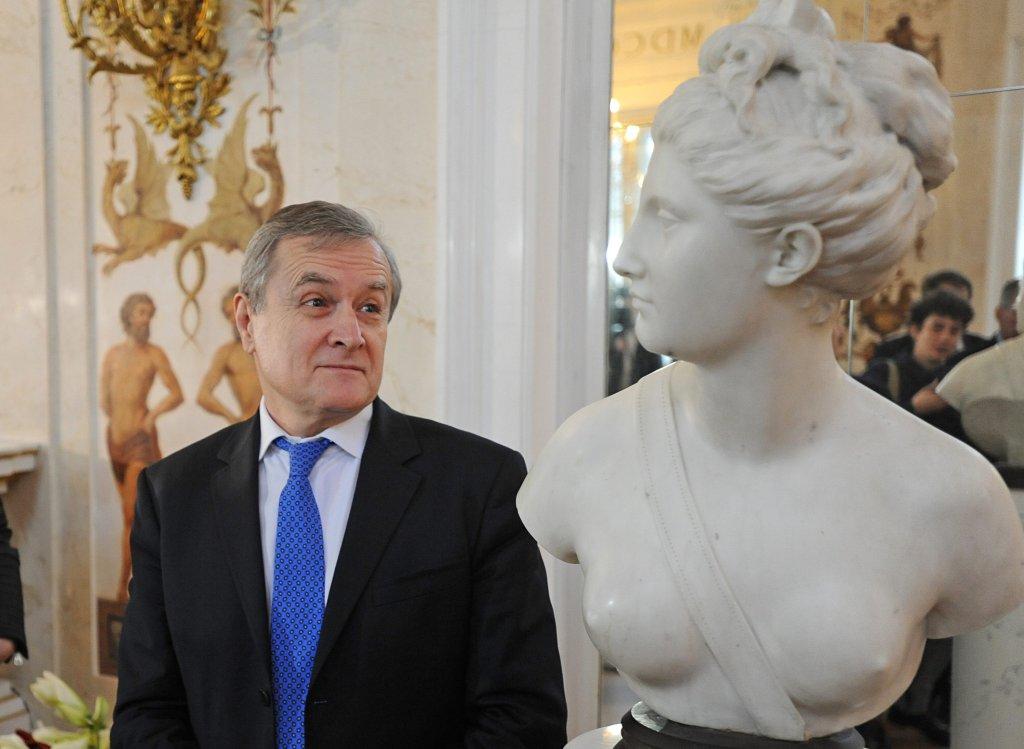 Piotr Gliński oficjalnie odsłonił XVIII-wieczne popiersie bogini Diany.