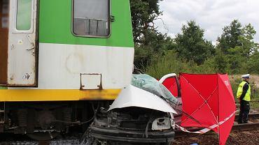 Śmiertelny wypadek na przejeździe kolejowym w Zabieżkach