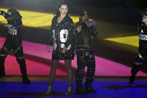 Feb 1, 2015; Glendale, AZ, USA; Recording artist Katy Perry along with Missy Elliott (right) perform during the half time show in Super Bowl XLIX at University of Phoenix Stadium. Mandatory Credit: Kirby Lee-USA TODAY Sports