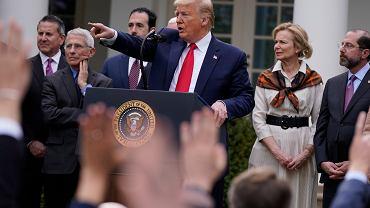 Donald Trump ogłasza stan wyjątkowy w USA