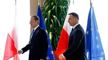 Donald Tusk i Andrzej Duda podczas spotkania w Brukseli